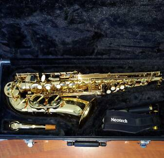 Selmer Alto Sax in Excellent Condition