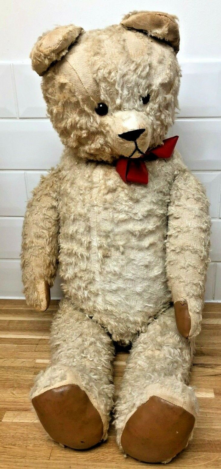 Vintage 1950s Straw Filled Jointed TEDDY BEAR - 33