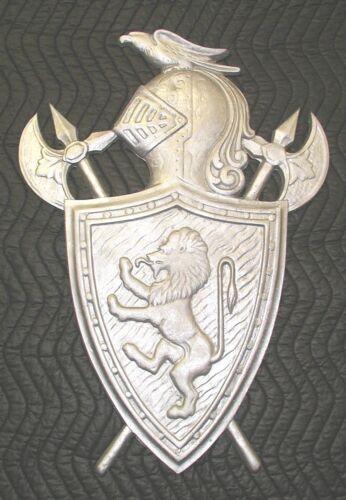 Shield Crest Coat of Arms Heraltic Plaque Britannic Fighting Lion, Cast Aluminum