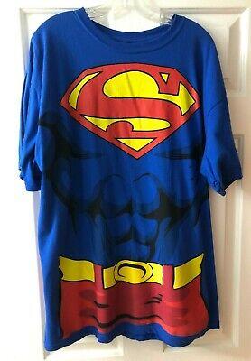 Superman Costume T-Shirt Attached Cape Mens XL DC Comics Halloween Short Sleeve