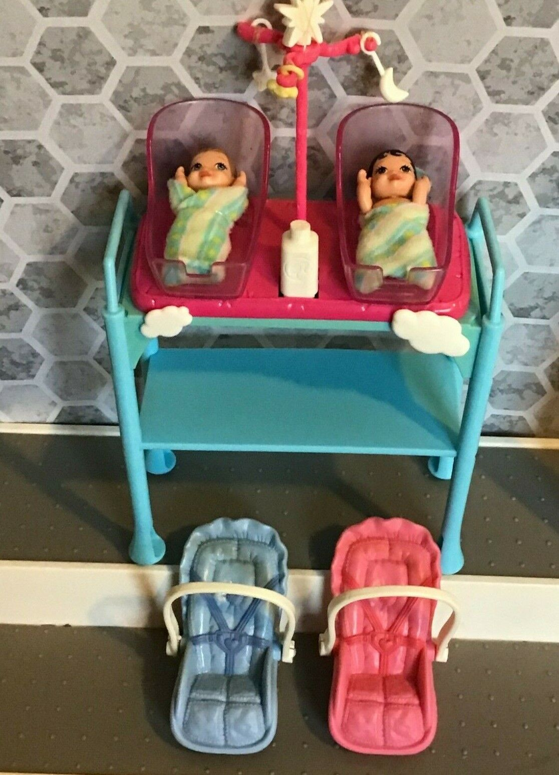 Barbie Doll House Baby Nursery Furniture With 2 Babies Lot - $10.45