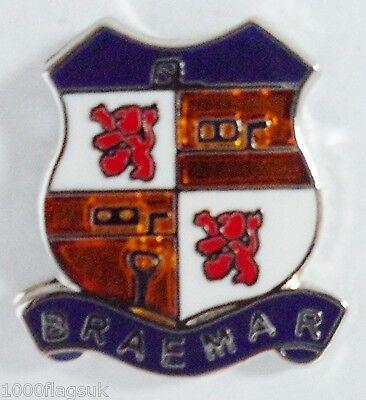 Braemar Aberdeenshire Escocia Pequeño Crest Pin Insignia