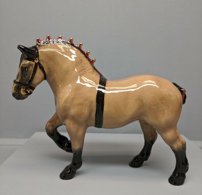 Beautiful Hagen Renaker DW Buckskin Belgian Horse Sespe Violette Red  Ribbons