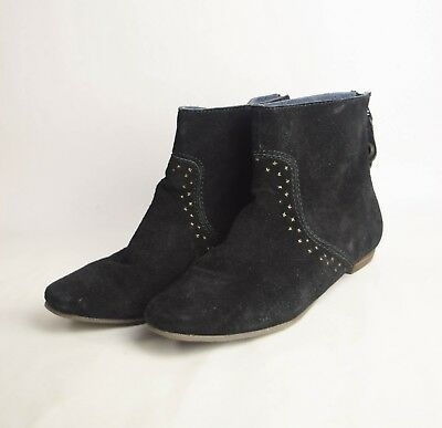 Evey (Calvin Klein Evey Womens 8.5 Faux Suede Back Zip Black Bootie Ankle Boots)