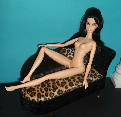 AWESOME ELVIS BARBIE RARE MODEL MUSE ARTICULATED PIVOTAL NUDE PRISCILLA? NEW!!