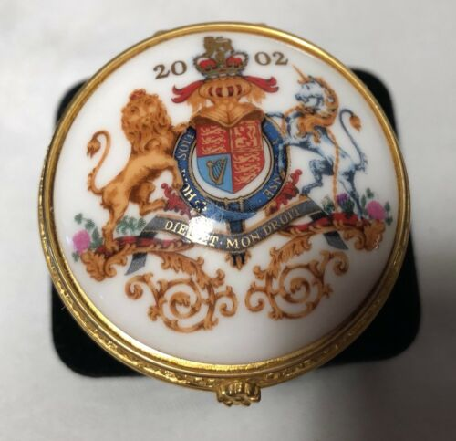 The Royal Collection Porcelain Box Queen Elizabeth Golden Jubilee 2002
