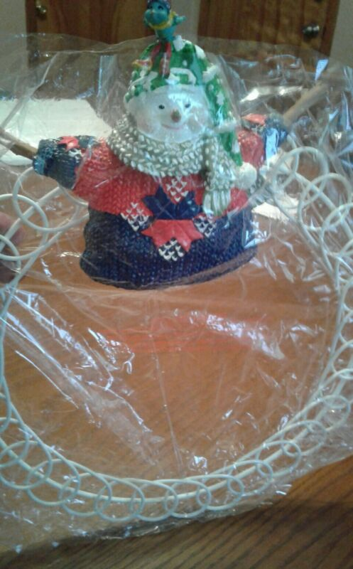 Authentic Silvestri Santa Claus Wreath.Still in package.