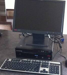 Lenovo Desktop with Monitor, keyboard and mouse in great condtion Montmorency Banyule Area Preview
