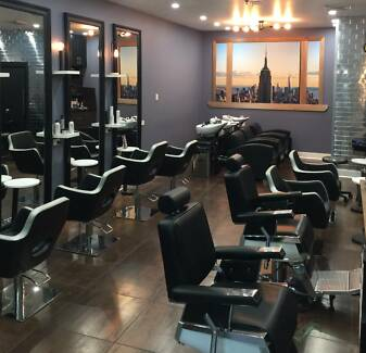 Hairdressers & Barber Shop with Treatment Room