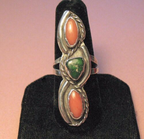 """Vtg. Old Pawn Navajo Sterling Silver Green Turquoise & Coral 2"""" Long Ring - Sz.8"""