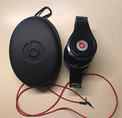 Beats by Dr. Dre Black Studio Wired Over the Ear Headphones w/ Case and Cords
