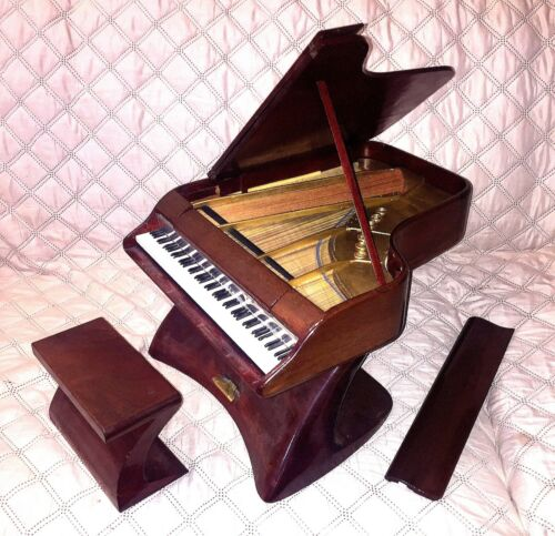 """MODEL GRAND PIANO MID-CENTURY STYLED BY ED KLEIN 9 3/4"""" IN HEIGHT - VERY NICE!!!"""