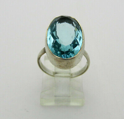 Vintage Style 925 sterling Silver Oval  Blue Topaz Ladies Ring size 6.75
