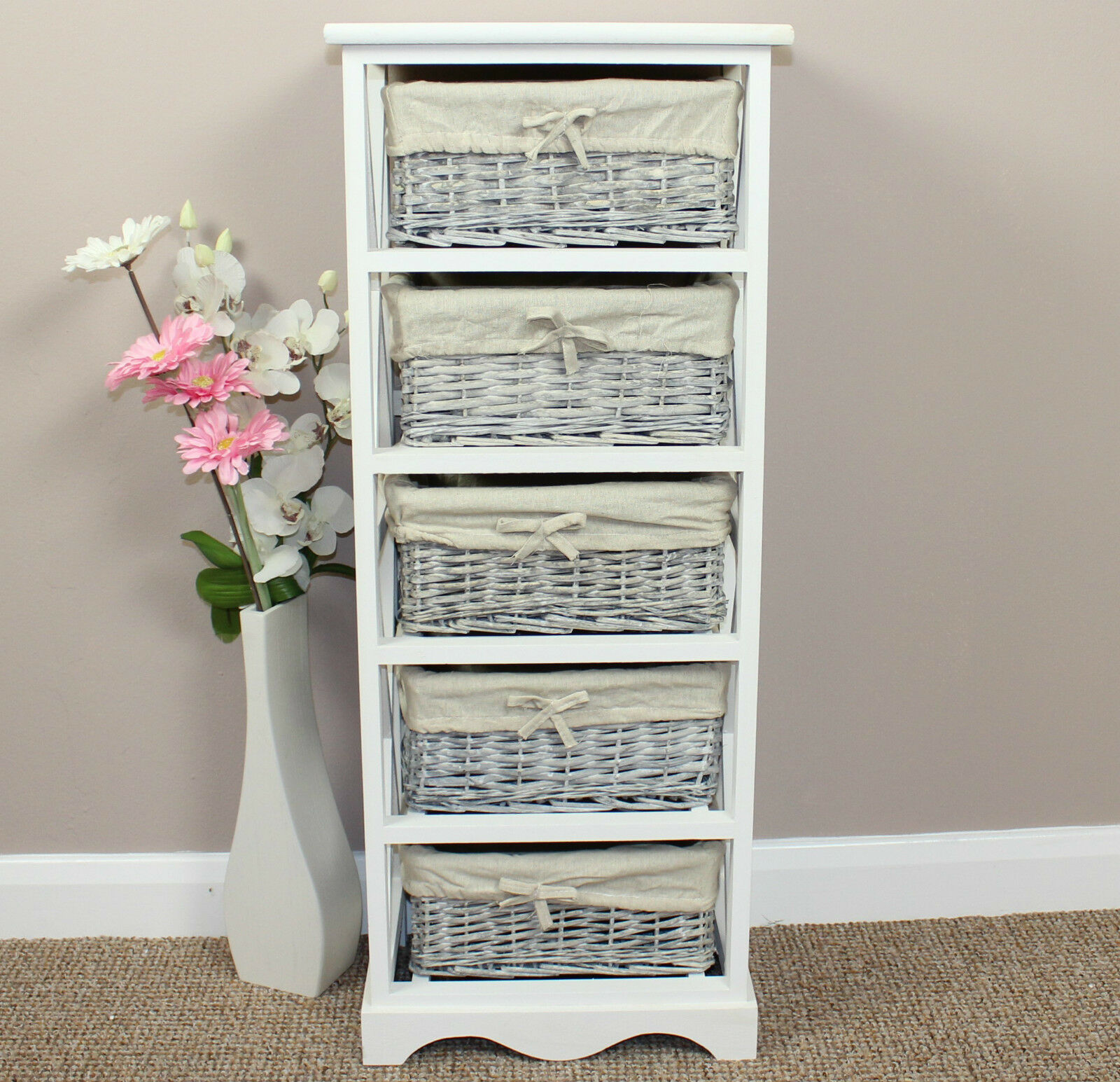 shabby chic painted storage chest wicker basket storage painted furniture 5060443860710 ebay. Black Bedroom Furniture Sets. Home Design Ideas
