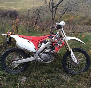 Selling 2009 crf450r as parts
