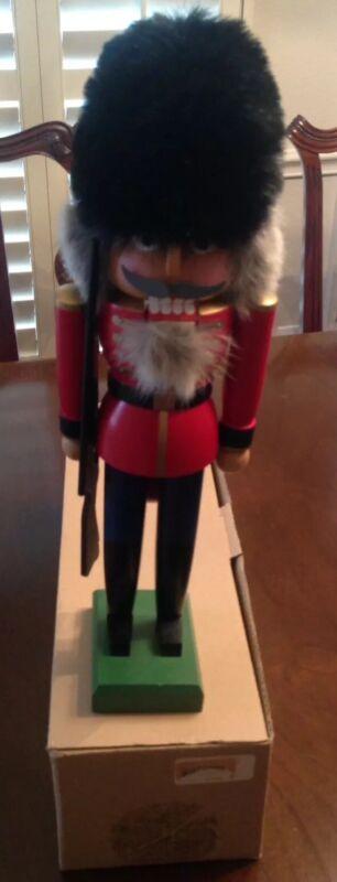 ⭐️🎄OLD WORLD CHRISTMAS MERCK LARGE GUARD GERMAN NUTCRACKER RARE COLLECTIBLE ⭐️