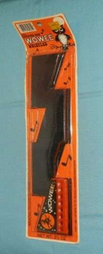 vintage Halloween WOWEE CHEWING GUM WHISTLE harmonica with original package