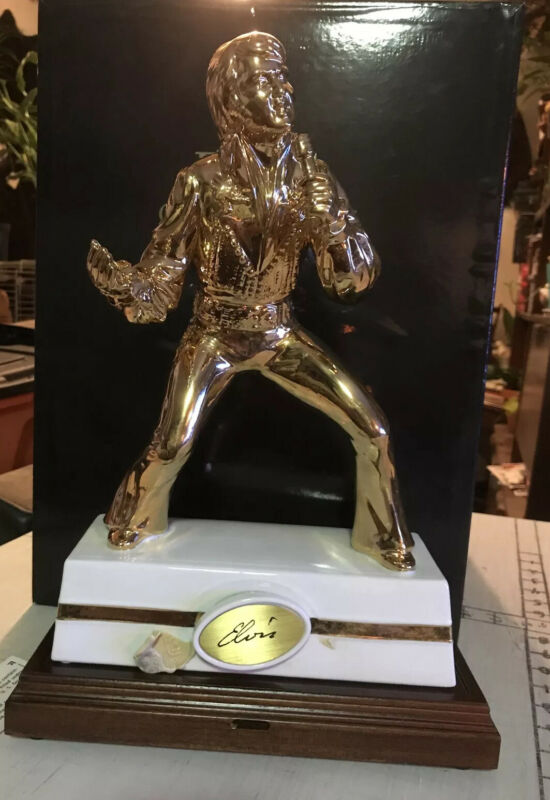 McCormick Gold Elvis Presley Encore #3 Decanter With Wooden base Never Displayed