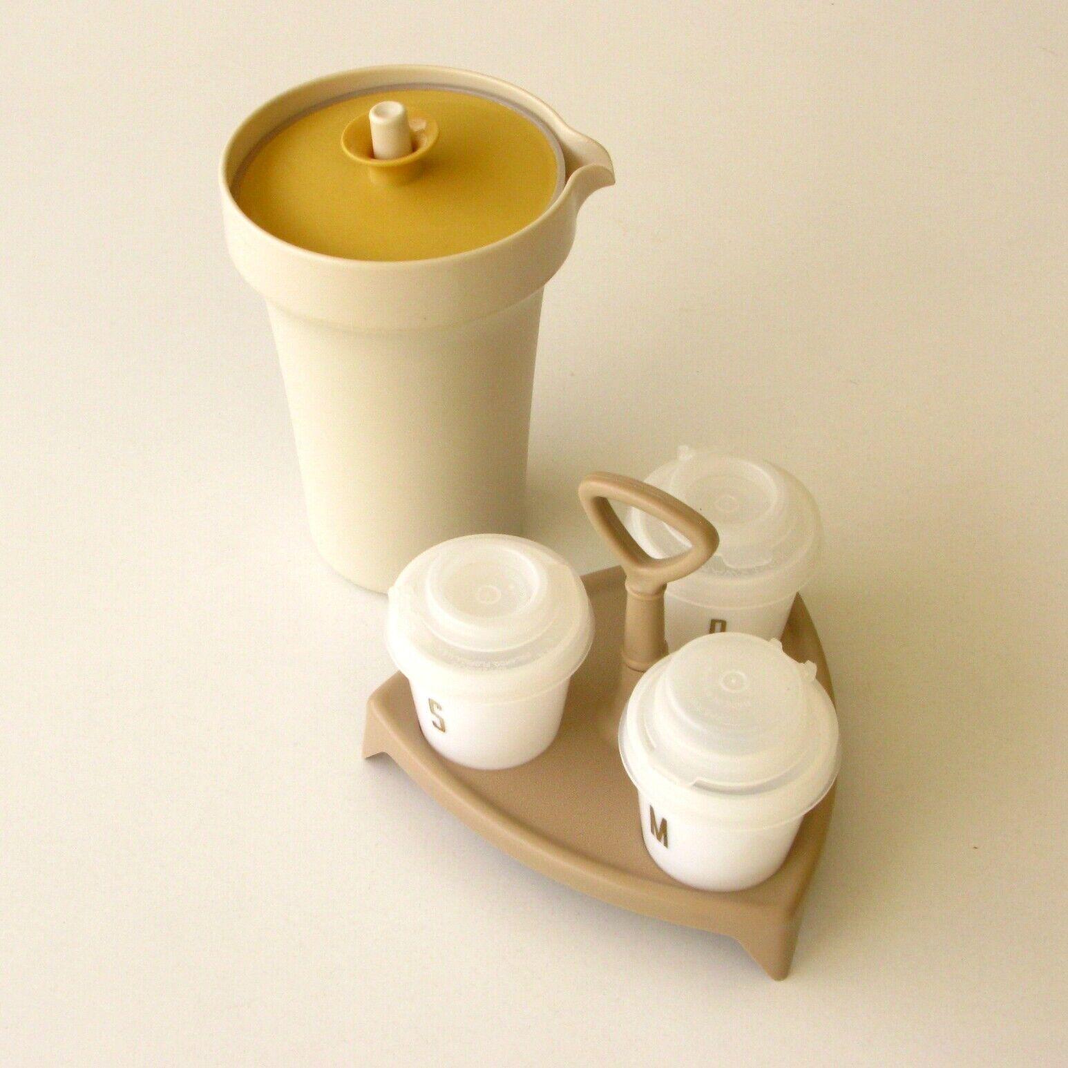 Sel poivre et moutarde et vinaigrier - tupperware - camping - vintage - tbe