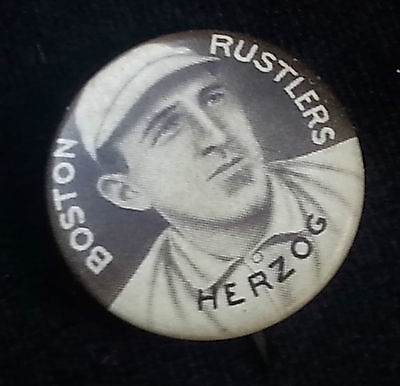 1910 Buck Herzog Boston Rustlers Pinback Small Letters Sweet Caporal Button