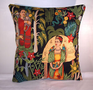 BRAND NEW BLACK  FRIDA KAHLO COTTON CUSHION COVER  16