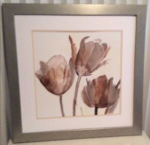 Tulip neutral decor wall art picture frame