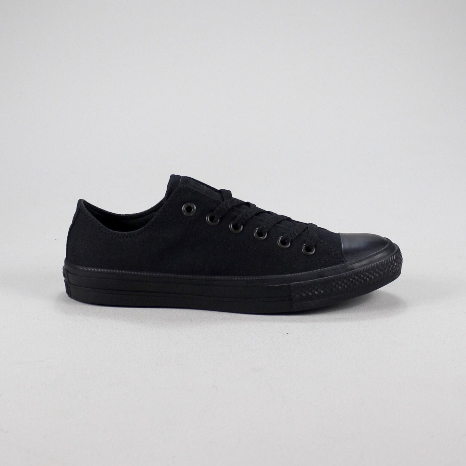 49b82e71e7b Details about Converse All Star Ox II Low Trainers New in box Size UK size  4,5,6,7,8