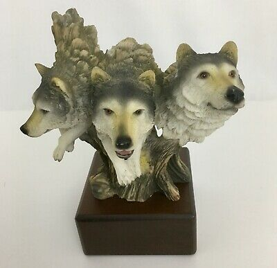 Three Grey Wolf Heads Faux Carved Look Bust Resin Figurine On Base (Three Headed Wolf)