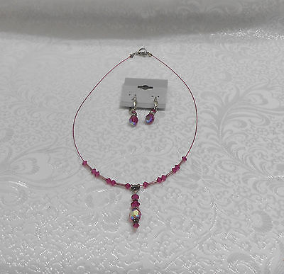 FUSCHIA GLASS CRYSTALS PENDANT WIRE NECKLACE & EARRING SET - Fuschia Crystals Set