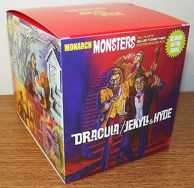 MONARCH Monsters Dracula + Dr. Jekyll & Mr. Hyde Glow Diorama model kit 1/13