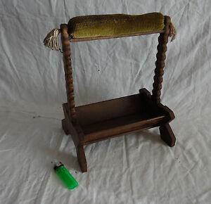 ancienne travailleuse en bois et velours panier ouvrages couture tricot ebay. Black Bedroom Furniture Sets. Home Design Ideas