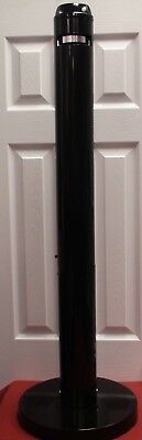 Rubbermaid Commercial Smokers Pole Black