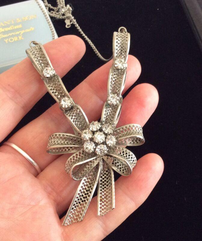 Vintage Antique Edwardian Filigree Bow Ribbon & Glass Paste Pendant Necklace