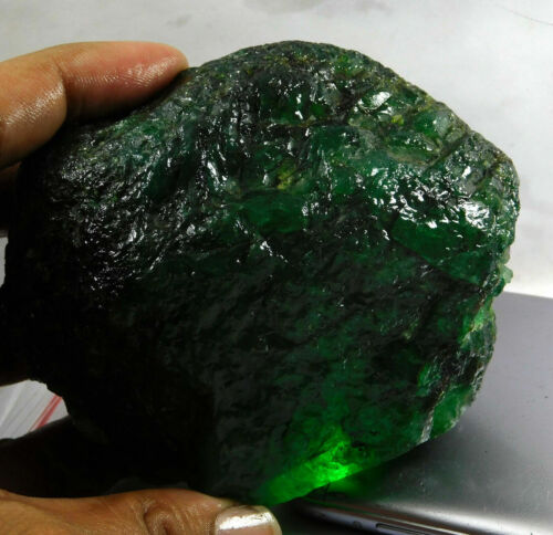 2400 CT Natural Translucent Colombian Emerald Rough Loose Certified Gemstone
