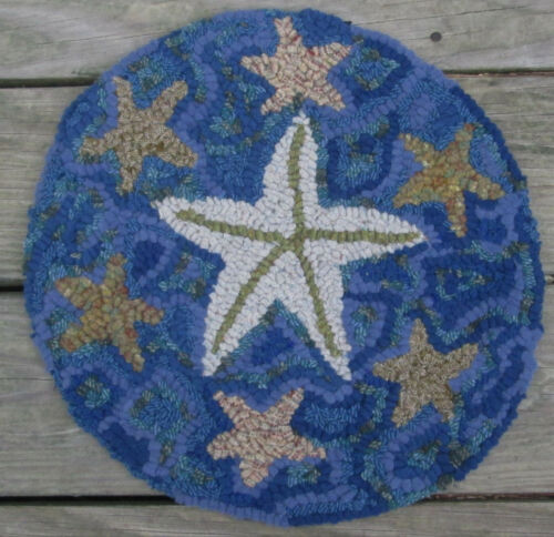 School of Starfish  Round Primitive Rug Hooking Kit with cut wool strips