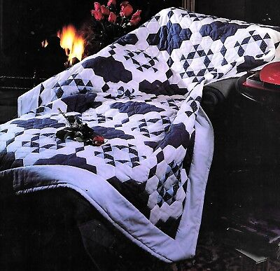 SNOWY, SNOWY NIGHT LAP QUILT -  CHRISTMAS PATCHWORK  VINTAGE QUILT PATTERN