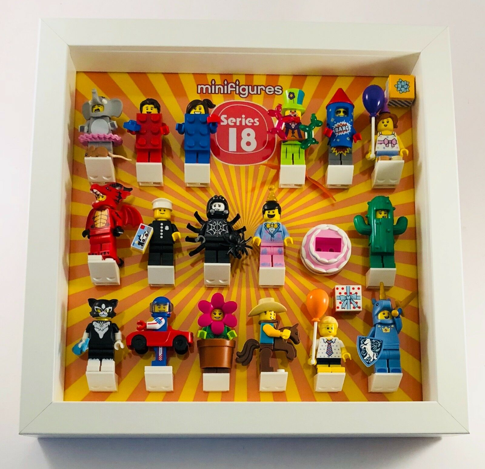 Lego Minifigures Display Case Frame Series 18 Minifigs figures 40 ...