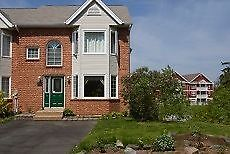 Townhouse for Sale in Bedford