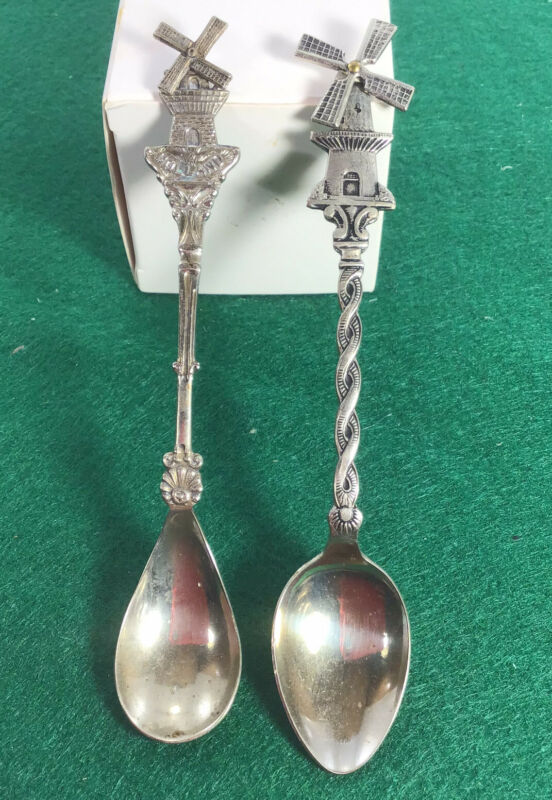 2 Vintage Holland Souvenir Spoons With Movable Windmill Free Ship Silver-plate