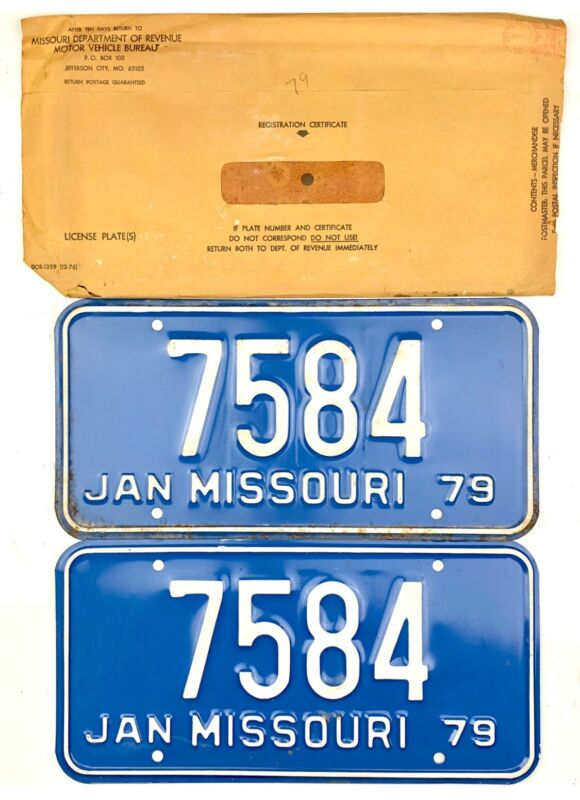 1979 Missouri License Plate PAIR #7584 WITH ORIGINAL ENVELOPE
