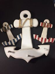 Home Decor 3 Nautica anchors, large one has 3 pegs for hanging