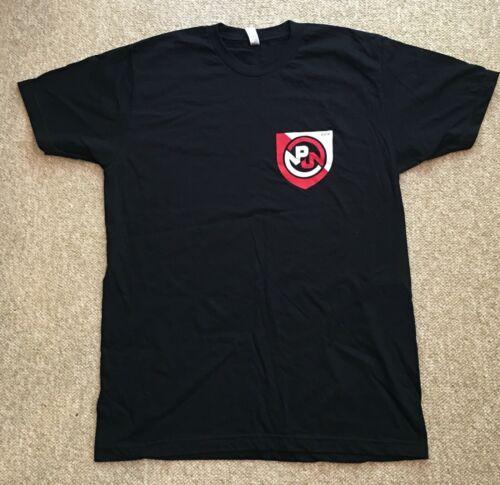 Pearl Jam 2016 Ottawa Concert Tour T Shirt Size L + Pin