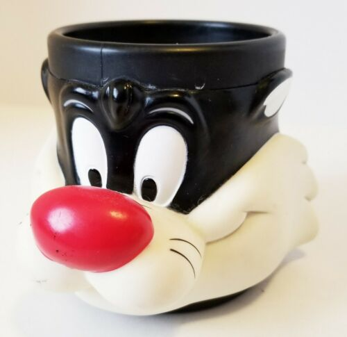 Vintage Sylvester the Cat Hard Plastic  Cup By G B Des 1992
