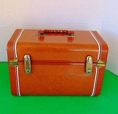 Vintage Brown Train Case ~ EUC