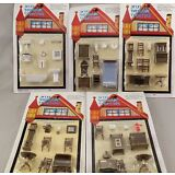 Miniature Dollhouse Furniture 1/4 1:48 Quarter Scale Lot of 5 Sets 1/48 TINY!