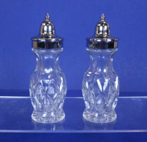 JC Penney Department Store Charge Account Appreciation Salt & Pepper Shakers