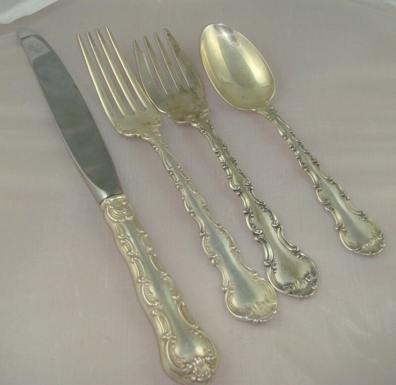 @ Gorham Strasbourg Sterling Silver Four 4 Piece Setting Modern Blade Knife