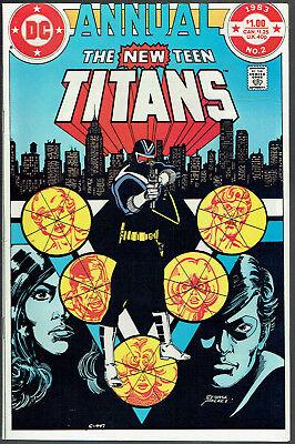Neu Teen Titans Jährlich 2 VF/NM / 9.0 - 1st Erscheinung von Vigilante in Kostüm