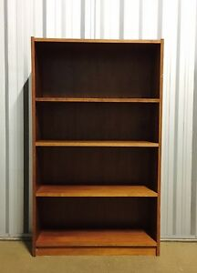 Solid timber 3 shelf medium bookcase Artarmon Willoughby Area Preview