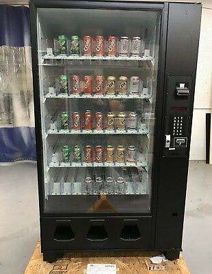 Soda Beverage Vending Machine Great Condition Both Sets Of Keys Included